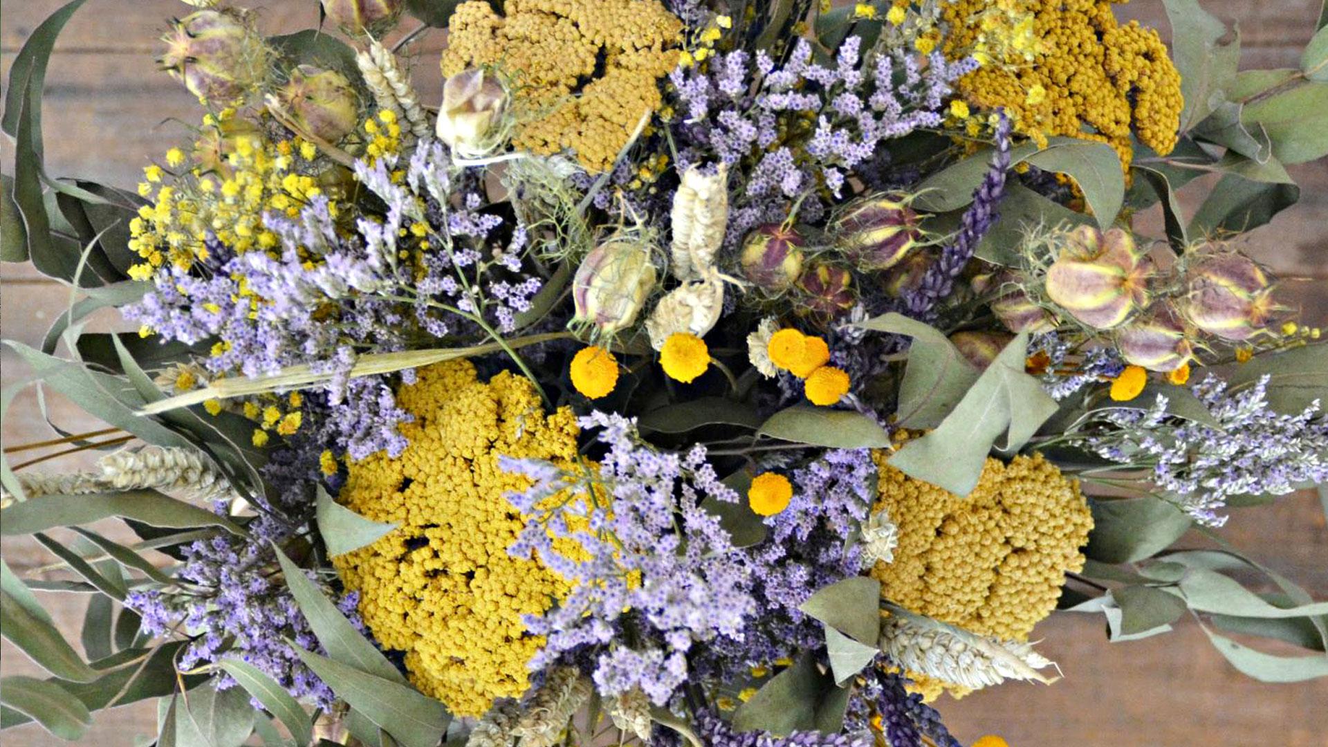 Ramos de flores secas
